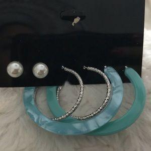 3 pairs of Pierced earrings! New! Lightweight!